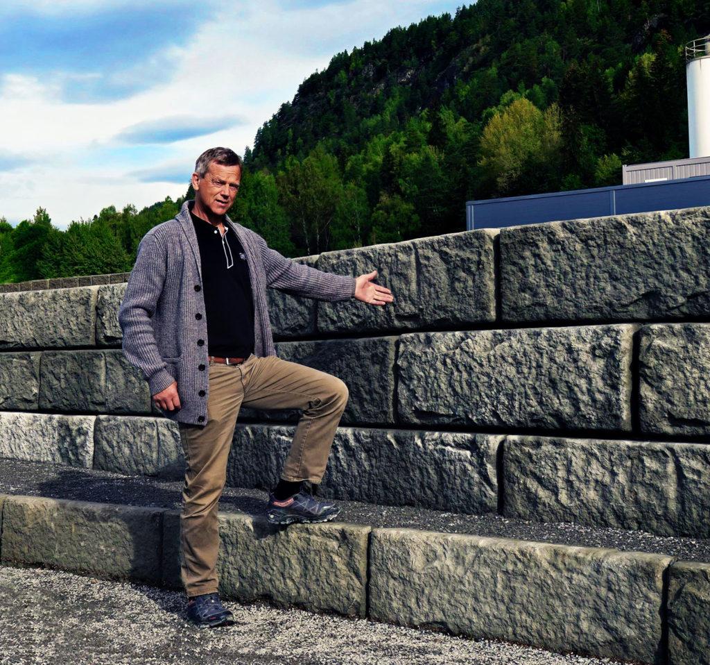 Salgsansvarlig ReCon Wall, Aslak fjeld